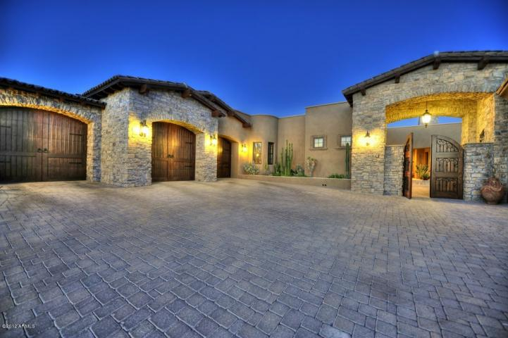 Golf From Your Back Yard Finish This Mansion City Light Views And More Lux