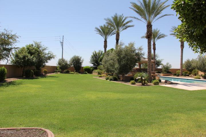 9301 W ELECTRA LN Peoria, AZ 85383 4