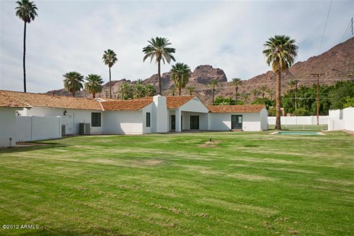 4631 N Royal Palm CIR Phoenix, AZ 85018 4