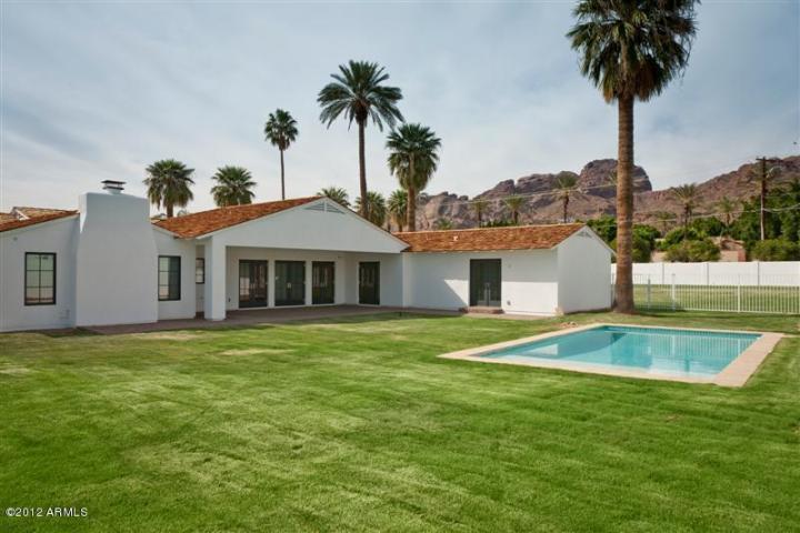 4631 N Royal Palm CIR Phoenix, AZ 85018 5