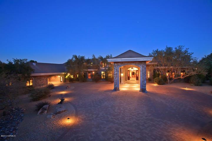 5715 N CAMELDALE WAY Paradise Valley, AZ 85253