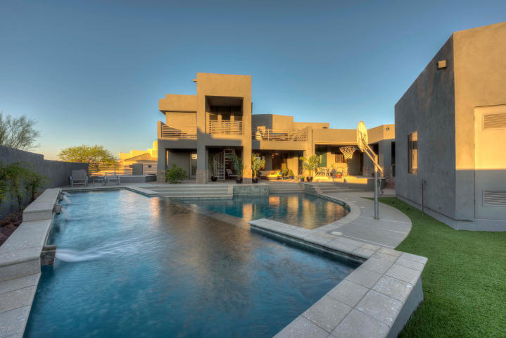 10735 E MONUMENT DR Scottsdale, AZ 85262 1