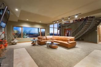 Showcasing the Sexy Side of Luxury Real Estate