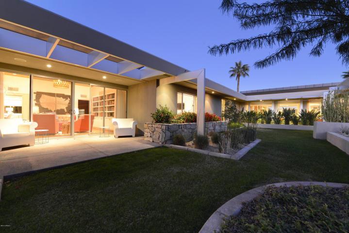 6815 N JOSHUA TREE LN Paradise Valley, AZ 85253 4