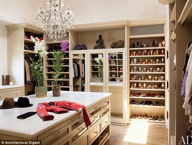 Women Closet