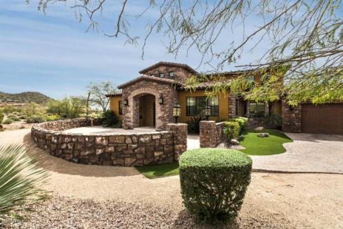 4211 N PINNACLE RDG Mesa, AZ 85207 1