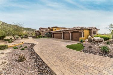 4211 N PINNACLE RDG Mesa, AZ 85207 14