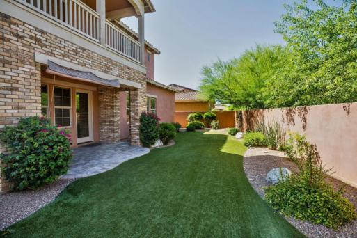 A Full Service, Luxury Real Estate, and Lifestyle Boutique + Blog!