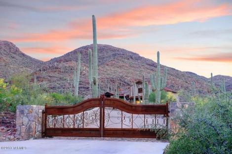 4945 W Via Scaramuzzo Tucson, AZ 85745