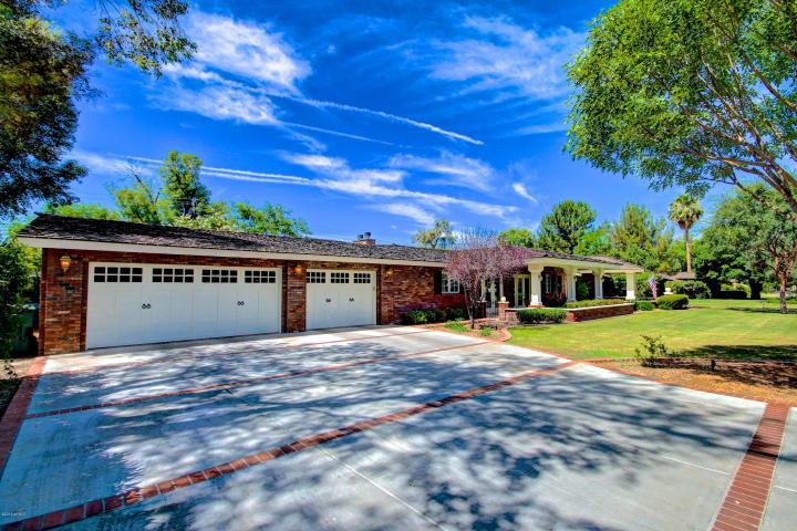 319 W Lawrence RD Phoenix, AZ 85013 3