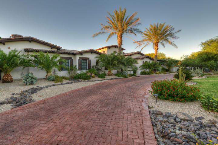 5761 N CASA BLANCA DR Paradise Valley, AZ 85253 2