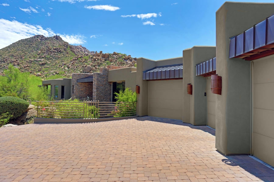 10916 E TROON MOUNTAIN DR Scottsdale, AZ 85255