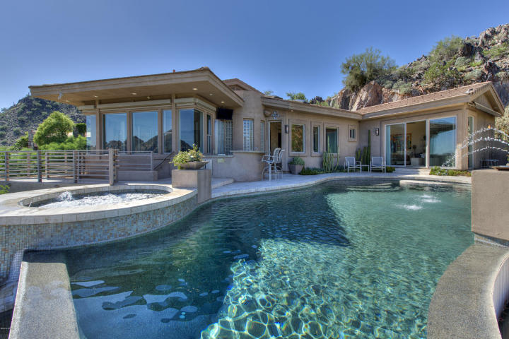 7060 N HILLSIDE DR Paradise Valley, AZ 85253 1