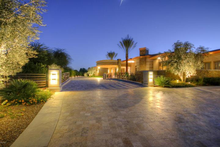 5335 N Invergordon RD Paradise Valley, AZ 85253 1