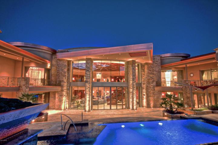 5335 N Invergordon RD Paradise Valley, AZ 85253 2