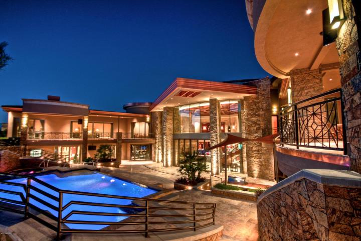 5335 N Invergordon RD Paradise Valley, AZ 85253 4