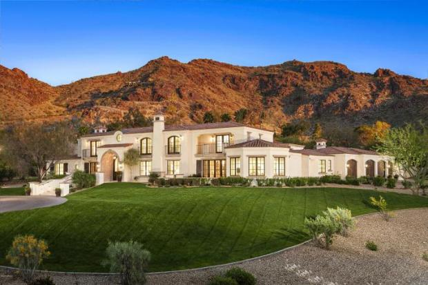 Blending Mediterranean and Country French architecture in Paradise Valley