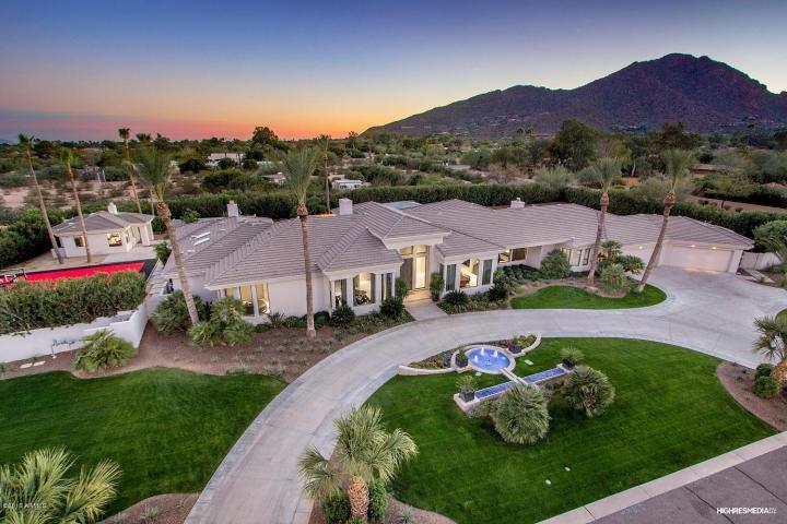 Matt Kemps Paradise Valley Getaway Estate for $3.5 Million 1