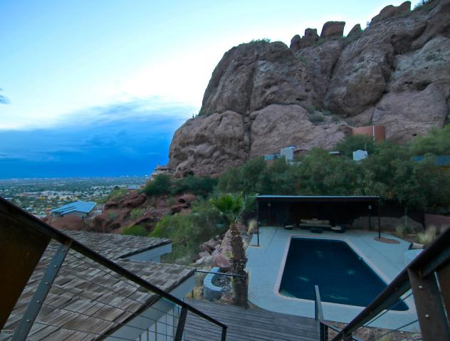 $1.6M Bachelor Pad has you living on the Edge of Camelback Mountain 13