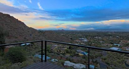 $1.6M Lavish pAdZ: Real Estate, Architecture, Urban Condos & Lofts Boutique Bachelor Pad has you living on the Edge of Camelback Mountain Arcadia AZ