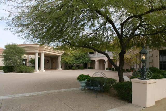 $6.1M Paradise Valley Foreclosure