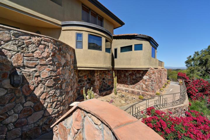 Paradise Valley Rock Home #2