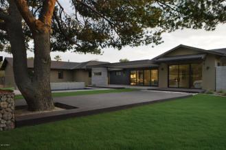 $2.3M Stunning Scottsdale Modern
