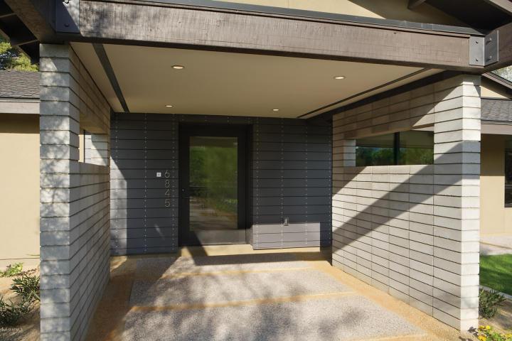 $2.3M Stunning Scottsdale Modern 2