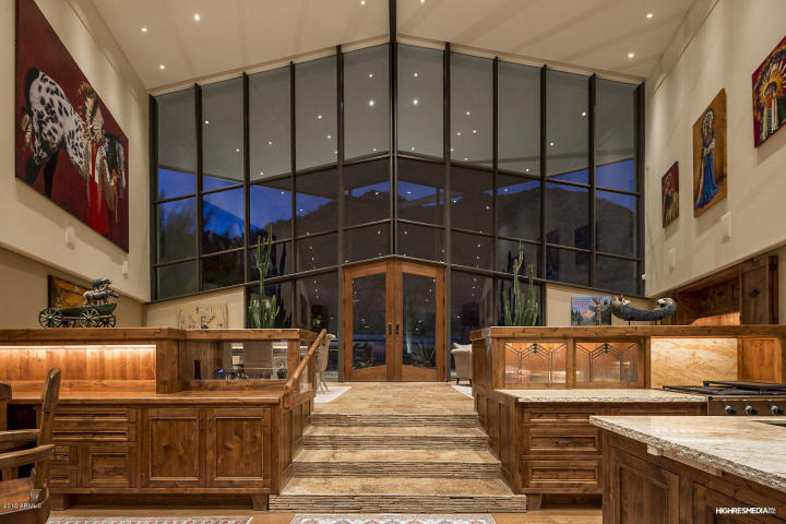 Glass, Steel, & Views just about sums up this design by architect Gordon Rogers in Scottsdale Mountain 2