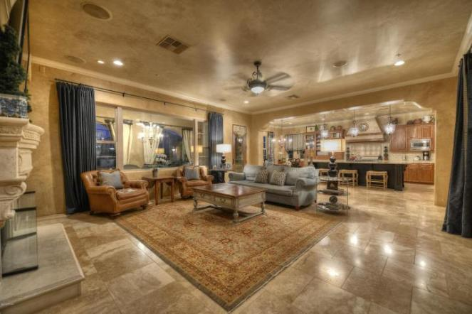 Living Spaces Scottsdale : $2.05M Italian inspired Villa in the Haciendas at DC Ranch ...