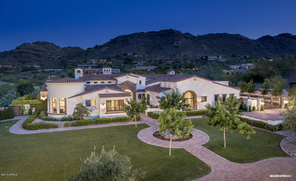 $16 million Tuscan-style Paradise Valley mansion sell for more than half the price.
