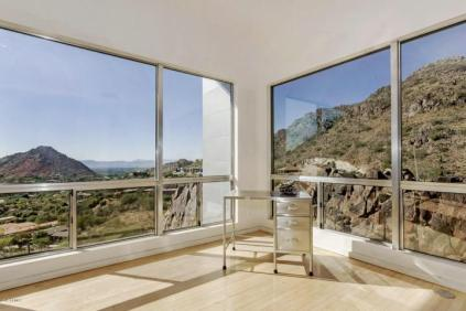 Redesigned Modernistic home with stunning views up for grabs at $1.675 Million 12