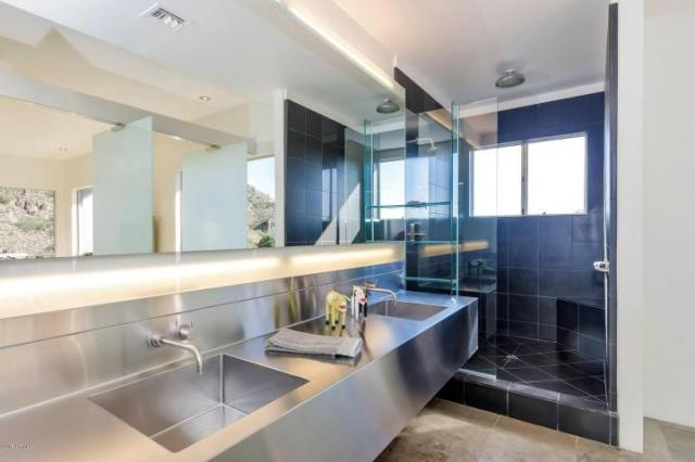 Redesigned Modernistic home with stunning views up for grabs at $1.675 Million 13