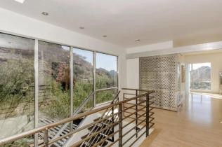 Redesigned Modernistic home with stunning views up for grabs at $1.675 Million 15