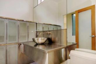Redesigned Modernistic home with stunning views up for grabs at $1.675 Million 17