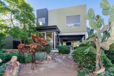 Redesigned Modernistic home with stunning views up for grabs at $1.675 Million 20