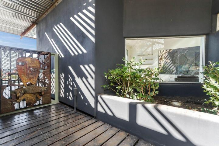 Redesigned Modernistic home with stunning views up for grabs at $1.675 Million 6