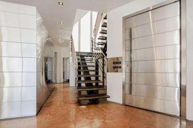 Redesigned Modernistic home with stunning views up for grabs at $1.675 Million 8