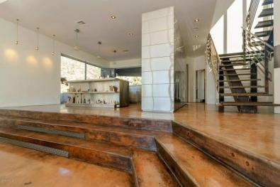 Redesigned Modernistic home with stunning views up for grabs at $1.675 Million 9