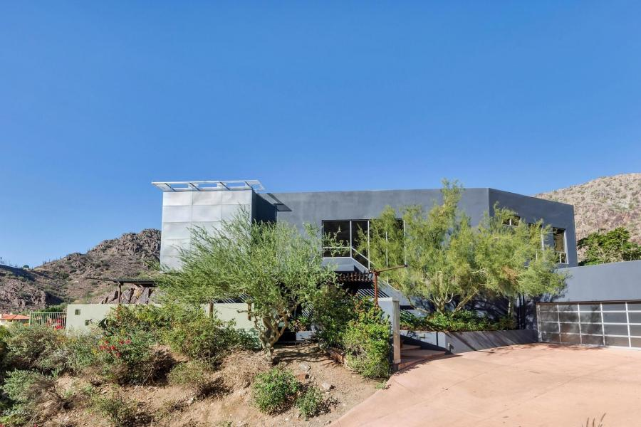 Redesigned Modernistic home with stunning views up for grabs at $1.675 Million
