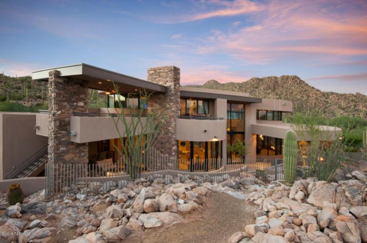 Contemporary nestled in the boulders of Tucson AZ (Private) Stone Canyon golf community 1'