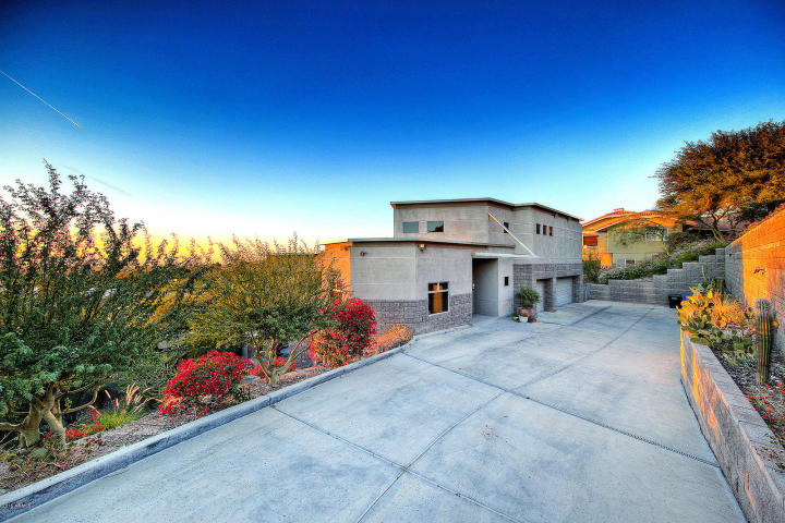 Feast your eyes on this modern masterpiece from the hillside of Squaw Peak 14