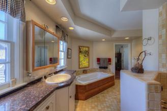 7011 N WILDER RD, Phoenix, AZ 85021 Auction Estate 8