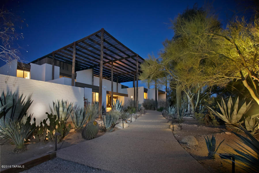 """""""The Ramada House"""" a design by Tucson architect Judith Chafee"""