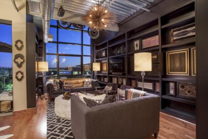 Fabulous Kierland Commons Penthouse above MICHAEL KORS on Main Street! 1