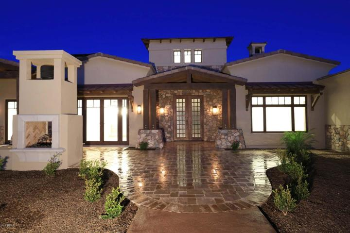New Modern-Day Luxury in Peoria, Arizona 1