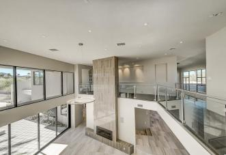 Shiny new modern crib in PV comes with its own espresso-coffee maker 11