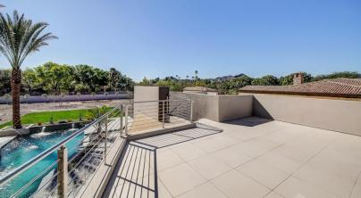 Shiny new modern crib in PV comes with its own espresso-coffee maker 13