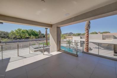 Shiny new modern crib in PV comes with its own espresso-coffee maker 17