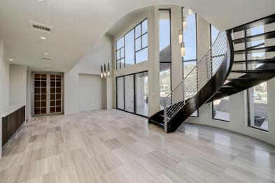 Shiny new modern crib in PV comes with its own espresso-coffee maker 2
